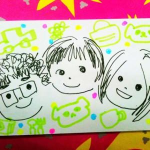 はじめて描いた家族の絵
